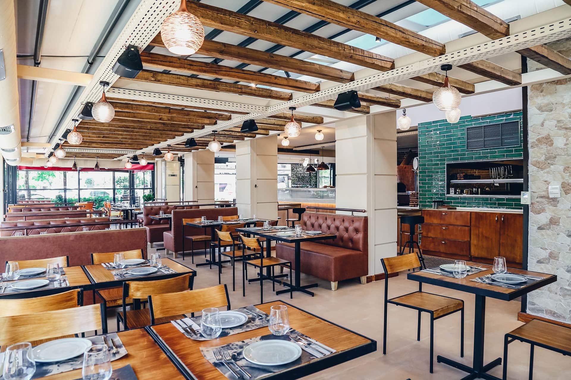 frankie-restaurant-entrance-nea-erythraia